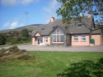 Hillcrest Self Catering Accommodation,  Cape View,  Coorydorigan,  Schull,  Co. Cork, Ireland