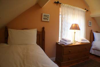 Coopers Cottage,  Self-Catering Accommodation,  Raheen,  Bansha,  Co. Tipperary,  Ireland